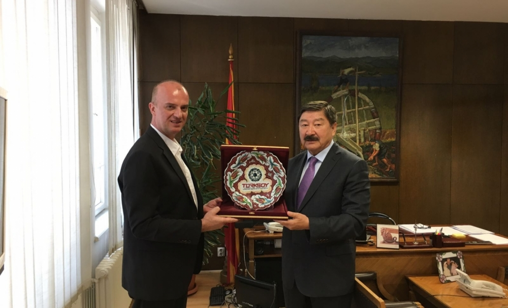 TURKSOY Secretary General Dusen Kasseinov met with high-level officials of Macedonia