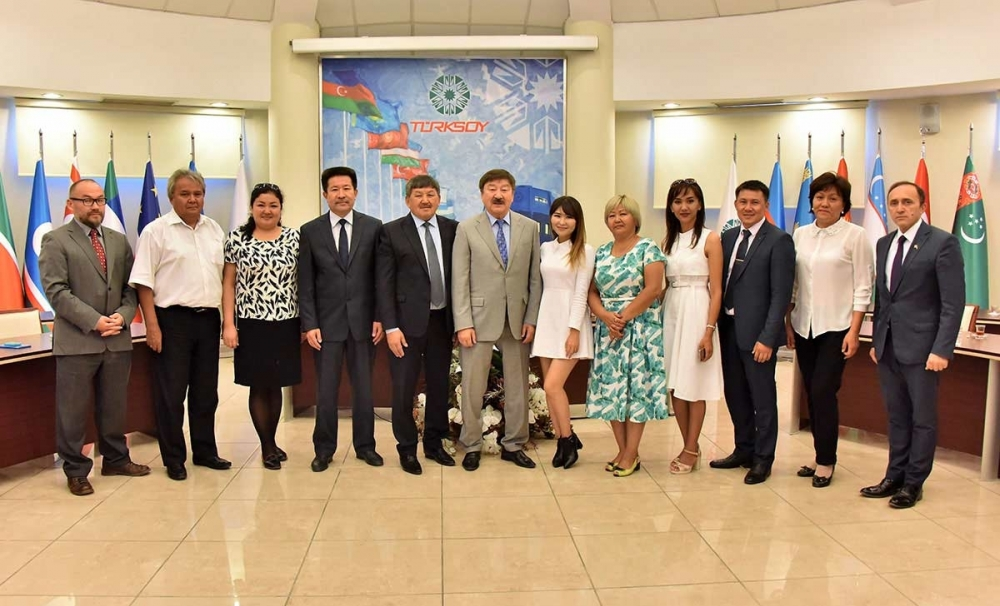 A delegation of the  Museum of Fine Arts of Shymkent visited TURKSOY