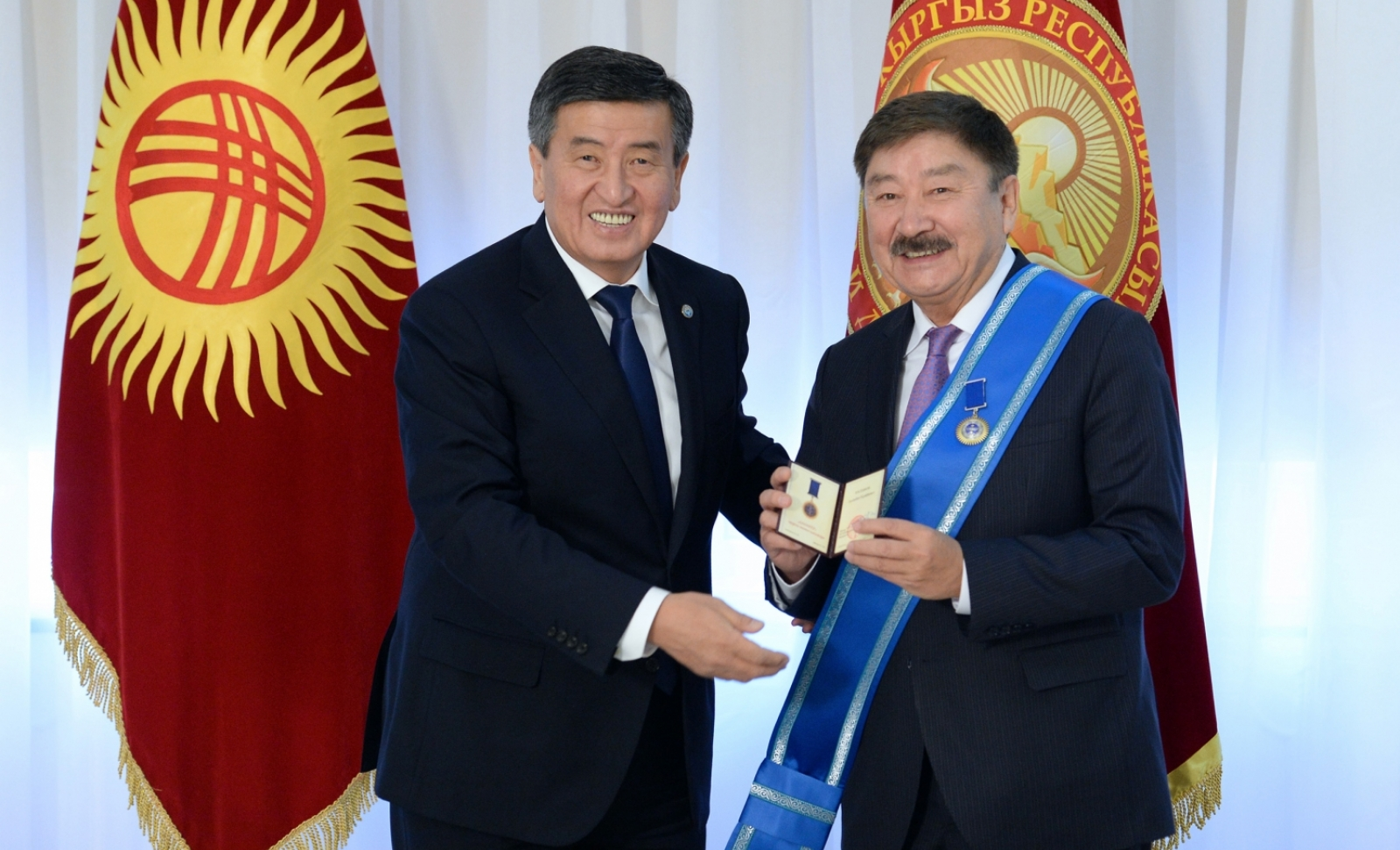 Order of Danaker extended to Dusen Kasseinov by the President of the Kyrgyz Republic Ceenbekov