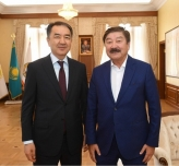 TURKSOY Secretary General  Kasseinov met  with the Governor of  Almaty Mr. Sagintayev